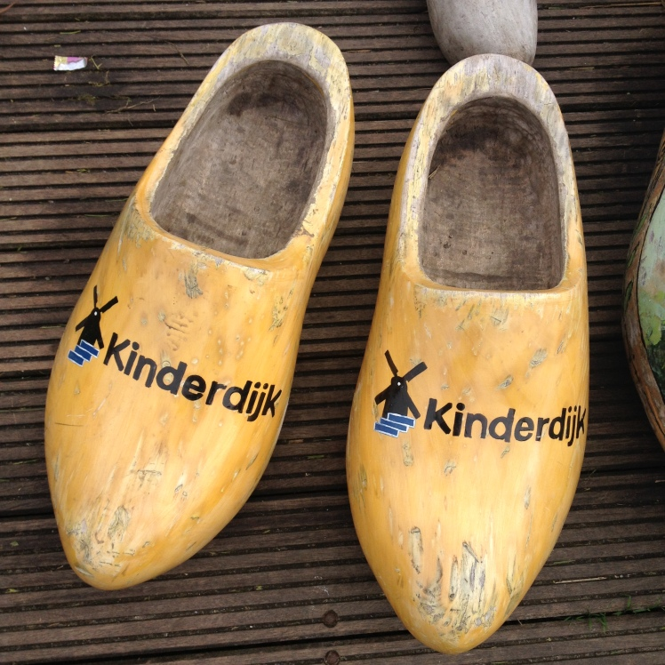 wear-wooden-clogs-to-deal-with-your-post-erasmus-depression